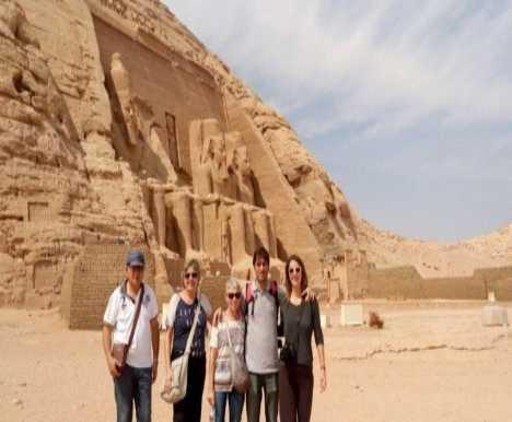 10 days Tours to the Pyramids, Abu Simbel and Hurghada